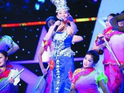 2012星光大道季冠军 刘赛夺《星光大道》总冠军
