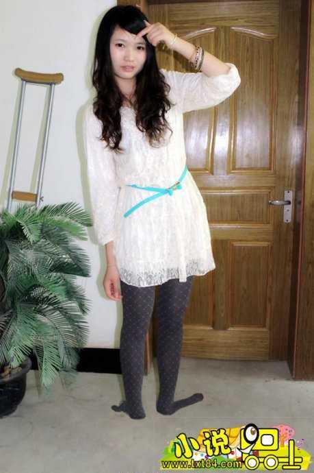 美女砍头剁脚图_剁美女的脚 失去双脚的美丽的女孩 - 阅奇网